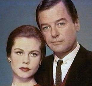 Elizabeth With saat Husband gig Young