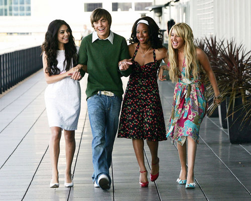Disney Channel Stars fond d'écran called HSM Gang