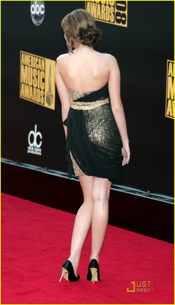 Miley @ American Музыка Awards 2008