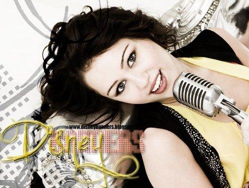 Disney Channel Stars wallpaper titled Miley Cyrus / Hannah Montana