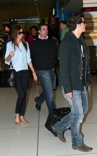 Orlando and Miranda at Sydney Airport