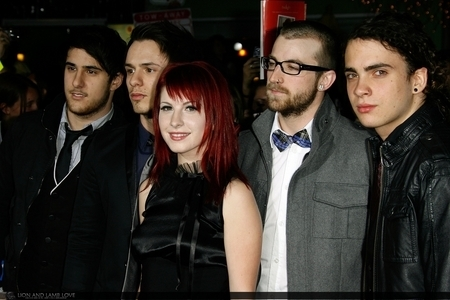 Paramore at PREMIERE