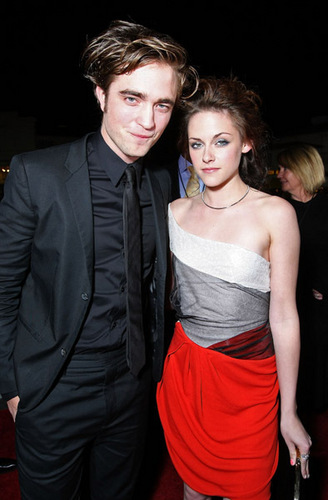 Robsten at the TWILIGHT premiere