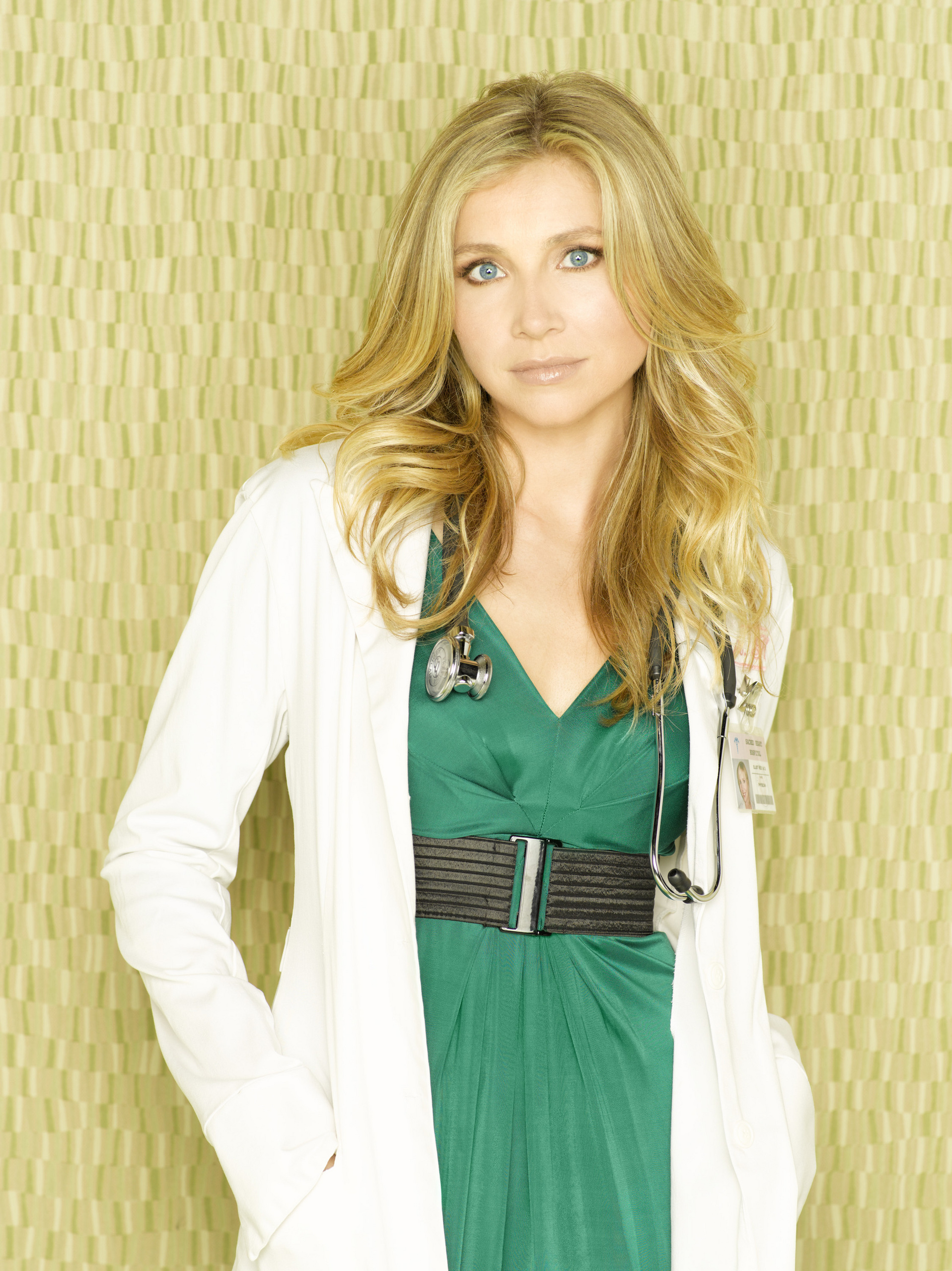 http://images2.fanpop.com/images/photos/2800000/Season-8-Promotional-Cast-Photos-scrubs-2889409-1917-2560.jpg