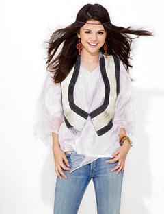 Selena Seventeen Photoshoot