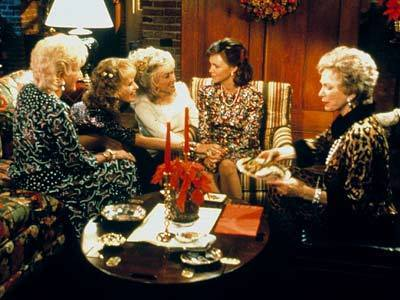 Steel Magnolias wallpaper containing a brasserie, a dinner table, and a bistro entitled Steel Magnolias
