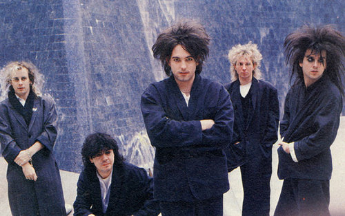 Robert Smith wallpaper with a fountain titled The Cure