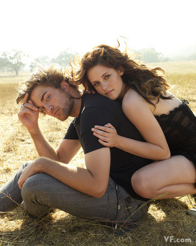 Robert Pattinson & Kristen Stewart wallpaper called VF Outtakes