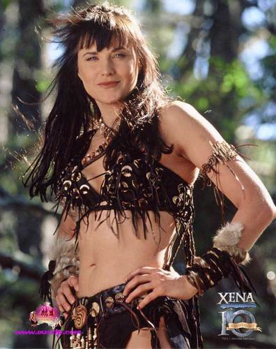 Lucy Lawless wolpeyper with a bikini called Xena