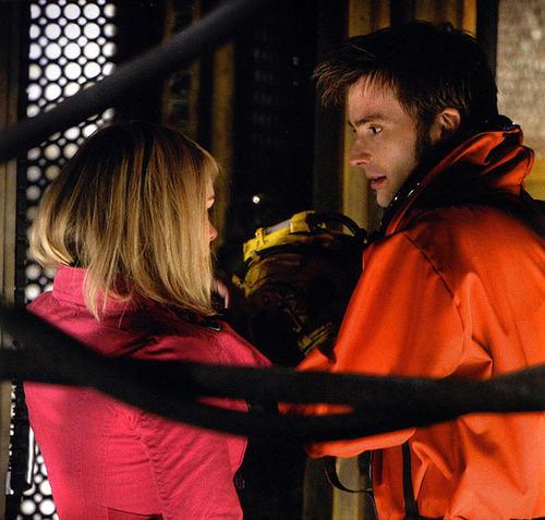 david and billie on set series 2