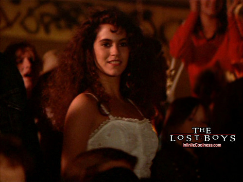 The Lost Boys Movie fond d'écran probably with a concert called étoile, star