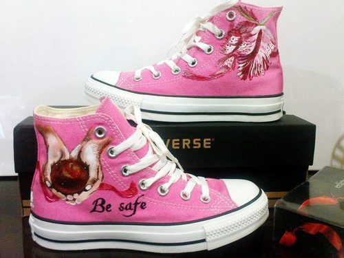 rose Twi-Chucks