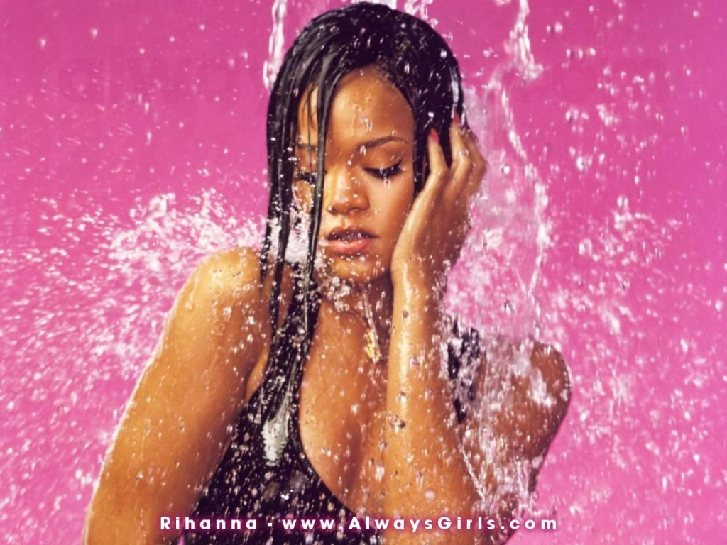 http://images2.fanpop.com/images/photos/2800000/rihanna-rihanna-2888356-1024-768.jpg