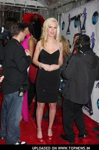 CariDee@TheFierceeAwards