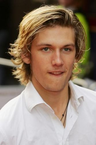 Alex Pettyfer fond d'écran probably with a portrait titled Alex Pettyfer