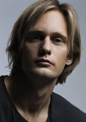 http://images2.fanpop.com/images/photos/2900000/Alexander-Skarsgard-alexander-skarsgard-2906586-281-399.jpg