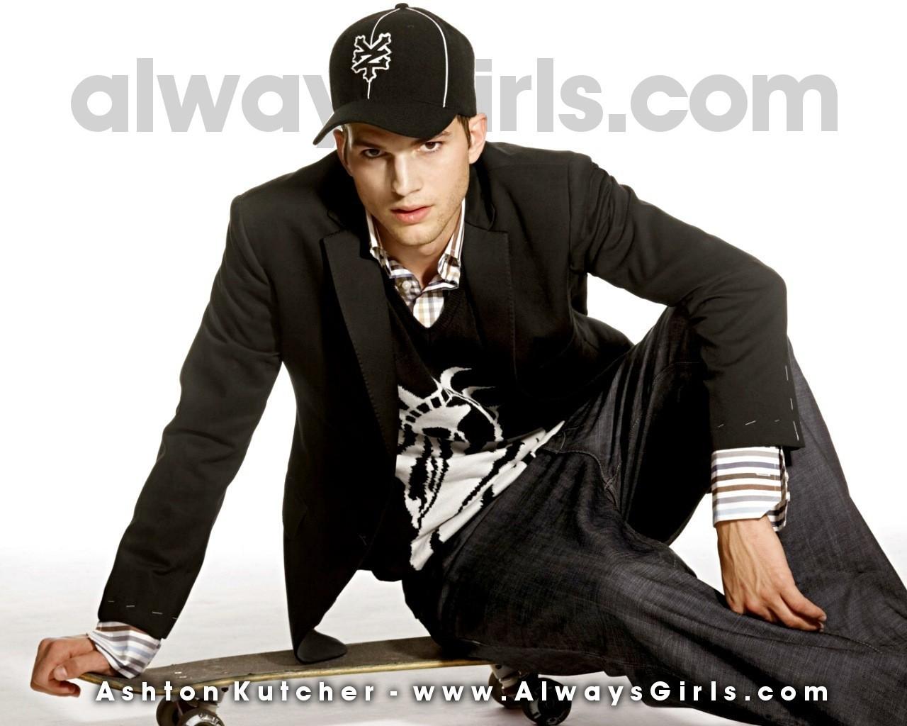 Ashton Kutcher - Hotte... Ashton Kutcher