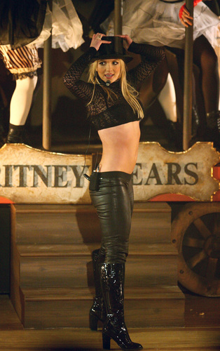 Britney @ GMA