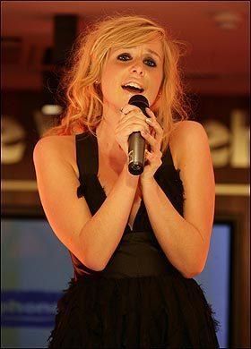 Diana hát