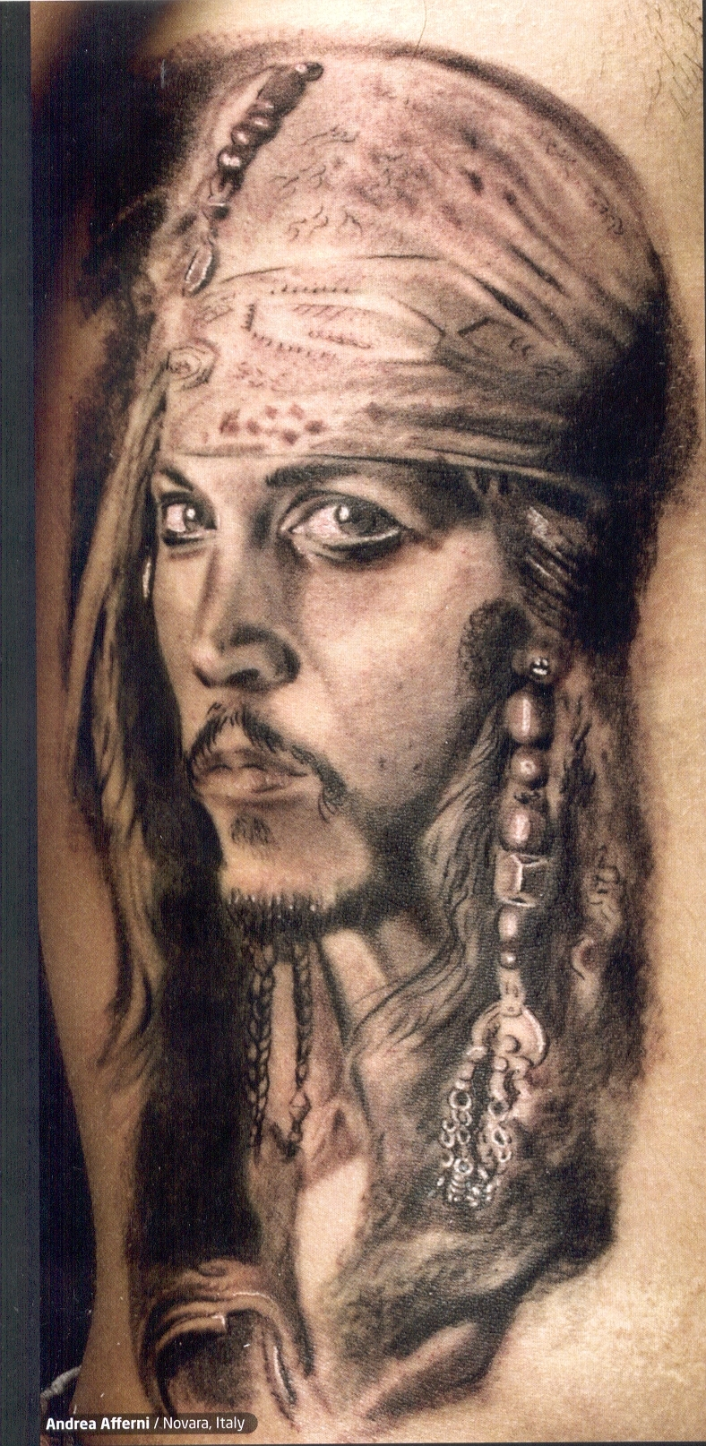 http://images2.fanpop.com/images/photos/2900000/Jack-Sparrow-tattoos-2975488-788-1614.jpg