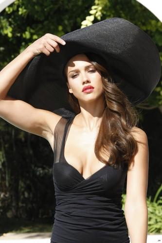 Jessica Alba Campari