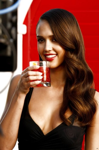 Jessica Alba wolpeyper possibly with a presa daiquiri and a portrait called Jessica Alba Campari