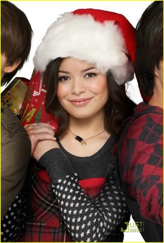 Merry Natale drake & Josh