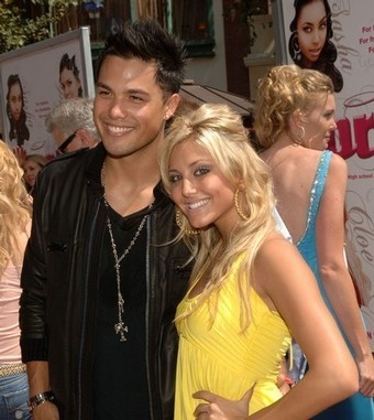 Michael and Cassie Scerbo