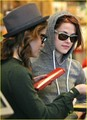 Pics of Kristen and Nikki grabbing a salad in LA - twilight-series photo