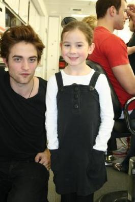Rob w/ Catherine [young Bella in the movie]