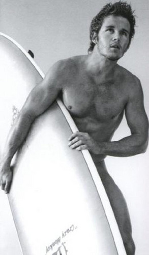 Ryan Kwanten wallpaper probably containing a hot tub, a hunk, and skin entitled Ryan