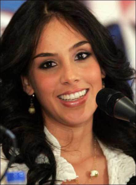 SANDRA ECHEVERRIA marina 2917189 442 600 - Sandra Echeverr�a