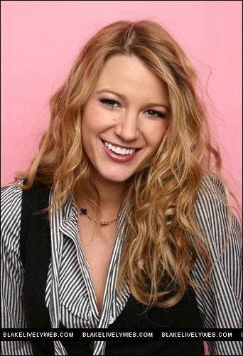 Sara Jaye Weiss - Celebrity bức ảnh Booth Portraits