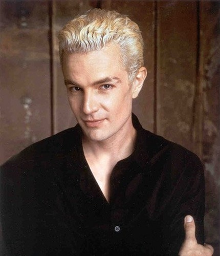 Buffy the Vampire Slayer karatasi la kupamba ukuta titled Spike/James Marsters