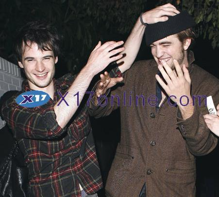 Robert Pattinson   Sturridge on Tom   Rob Pattinson   Tom Sturridge Photo  2959088    Fanpop Fanclubs