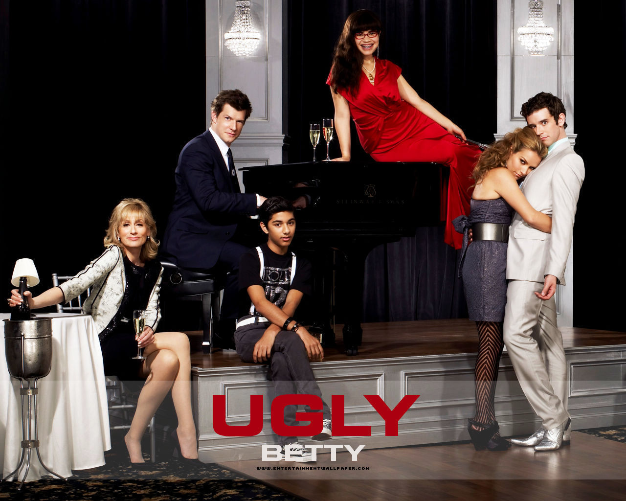 Ugly Betty Ugly-Betty-ugly-betty-2966065-1280-1024