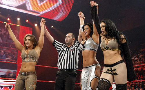 Candice Michelle achtergrond called Candice Michelle, Melina & Mickie James