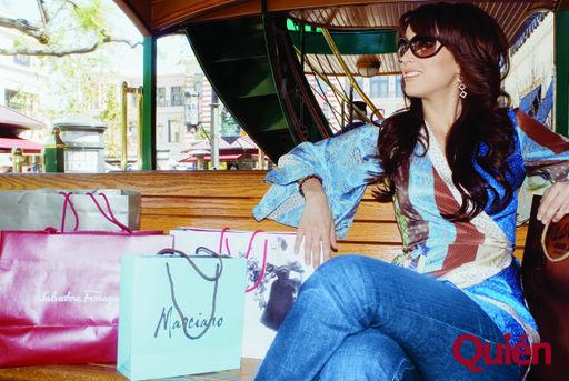 http://images2.fanpop.com/images/photos/2900000/jacky-jacqueline-bracamontes-2980609-512-343.jpg