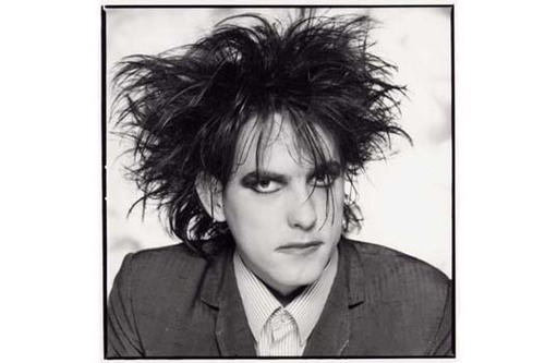 Robert Smith wallpaper titled the cure