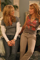 Amanda in The OC S1 episode stills