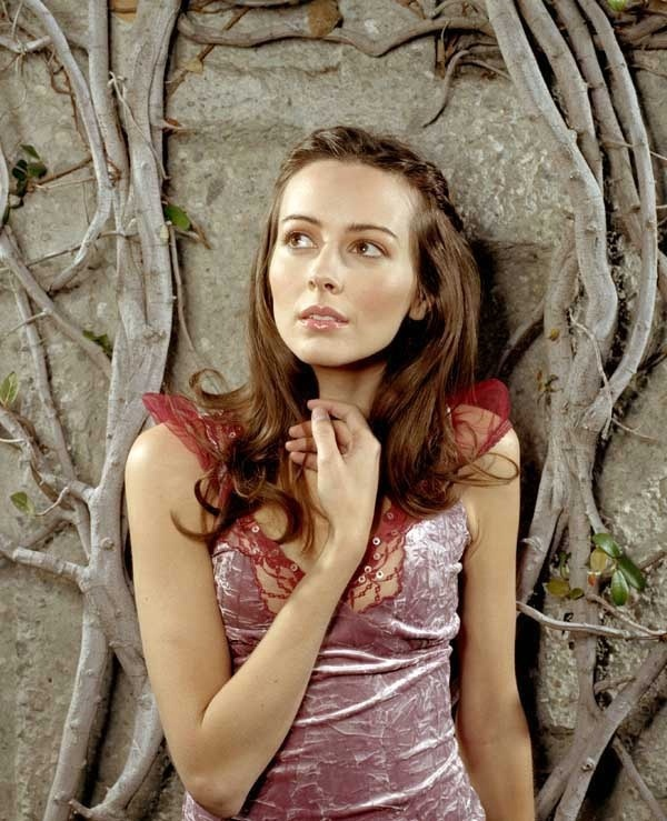 Amy Acker angel