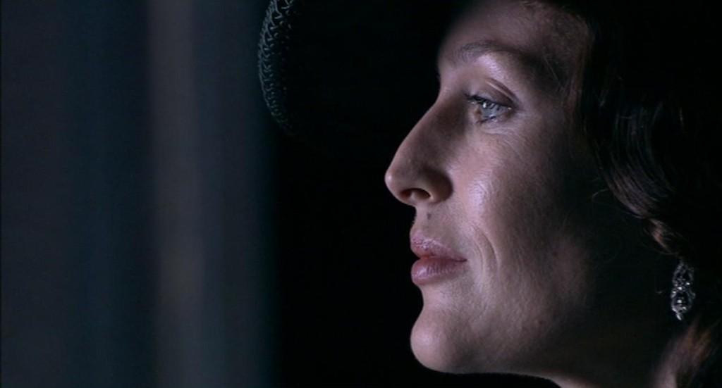 Gillian Anderson Bleak...