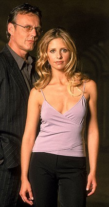 buffy, a caça-vampiros wallpaper probably containing a well dressed person and a coquetel dress titled Buffy and Giles