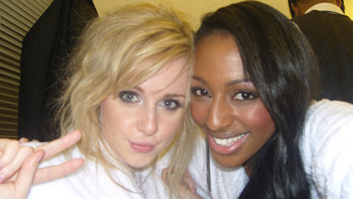 Diana Vickers achtergrond with a portrait called Diana And Alexandra