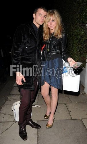 Diana Vickers वॉलपेपर with a well dressed person titled Diana :D