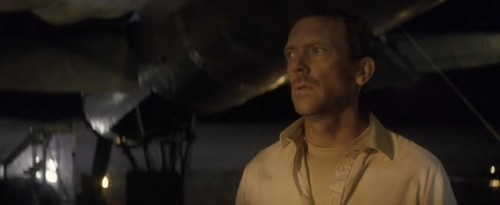 Flight of the phoenix - hugh-laurie Screencap