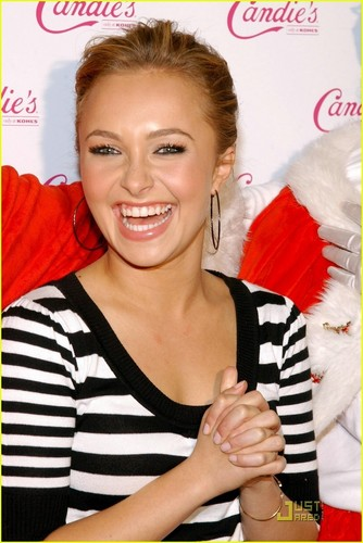 Hayden Panettiere Has a Candie's Christmas