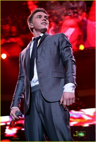 Jesse @ Z100's Jingle Ball 2008