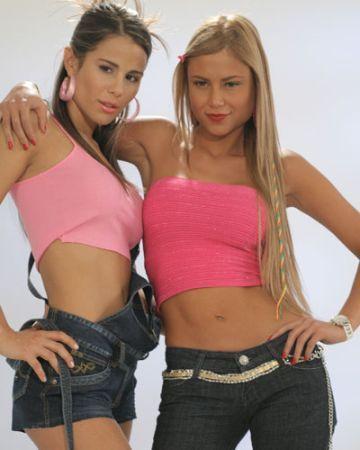http://images2.fanpop.com/images/photos/3000000/Las-Chicas-del-Barrio-sin-senos-no-hay-paraiso-3036418-360-450.jpg
