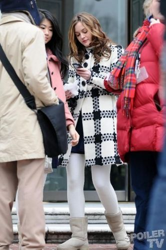 Leighton Meester on set
